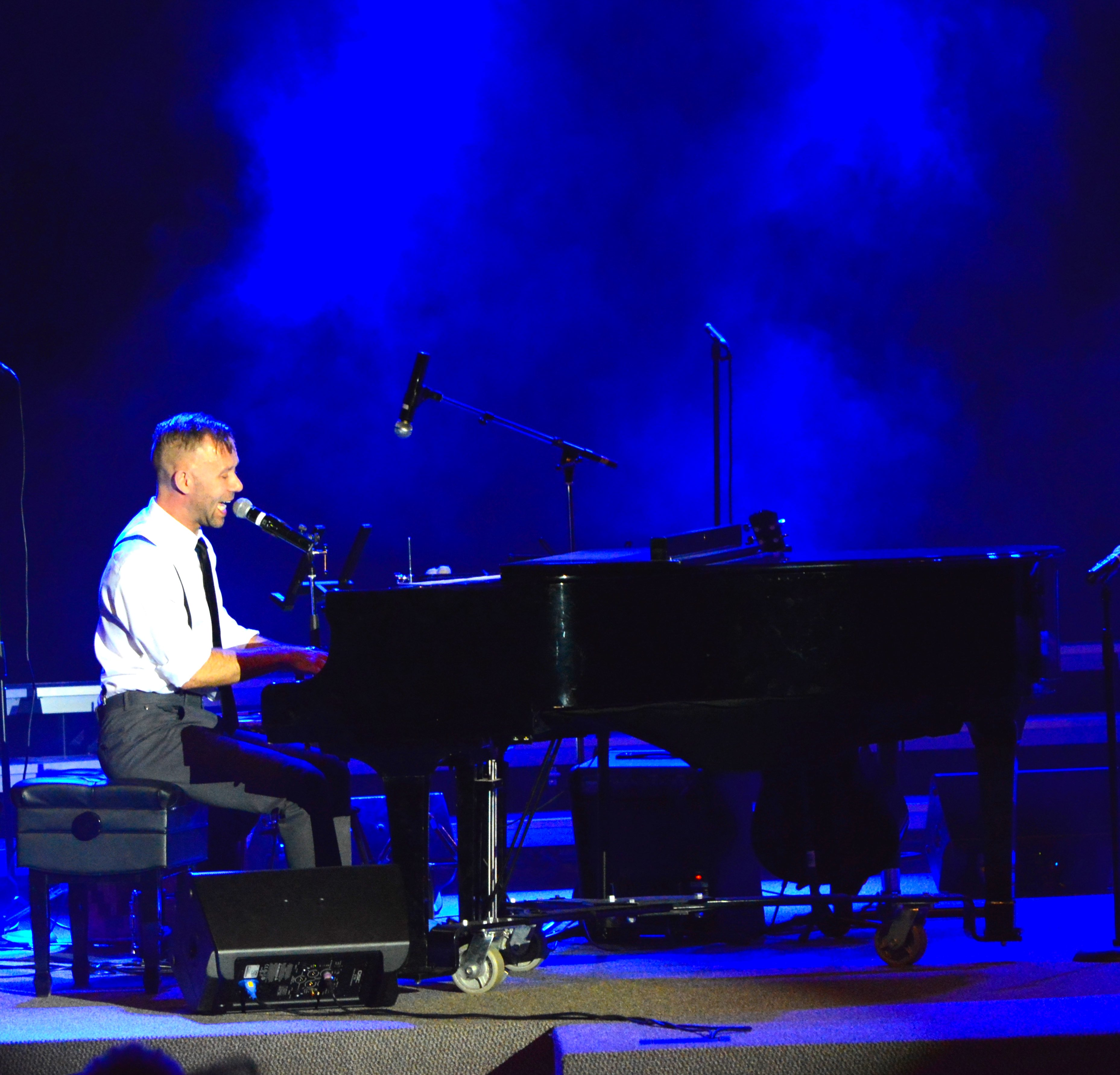 Live and the grand piano